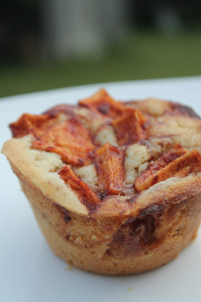 Cinnamon Glazed Apple Fritter Muffins | The Lazy Vegan Baker