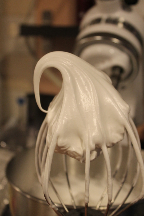 stiff peak meringue